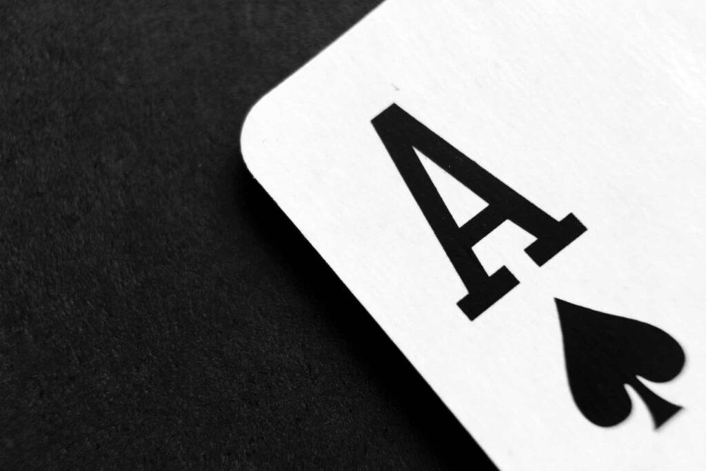 カードゲームアプリおすすめ4選!スマホでカードゲームを楽しもう!【2021年版】